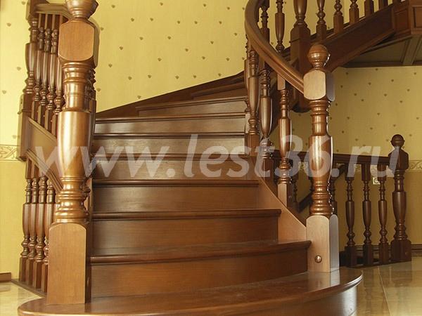 Купить деревянные столбы и балясины по низким ценам