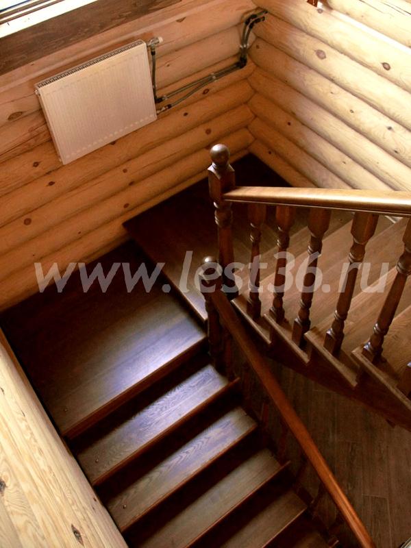 Поворотная лестница с площадкой на второй этаж своими руками